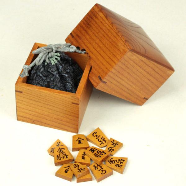 駒箱 ケヤキ杢 コマ収納イメージ
