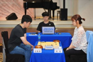 「囲碁女帝」崔精、国内女子棋士最初の総合棋戰4強進出